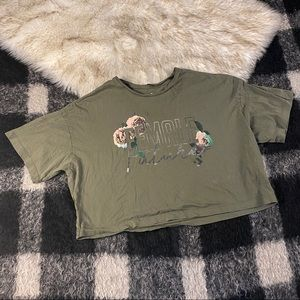 Converse cropped green female future graphic tee L